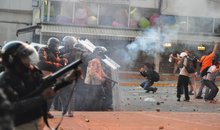Armed repression has caused more than 20 deaths among demonstrators