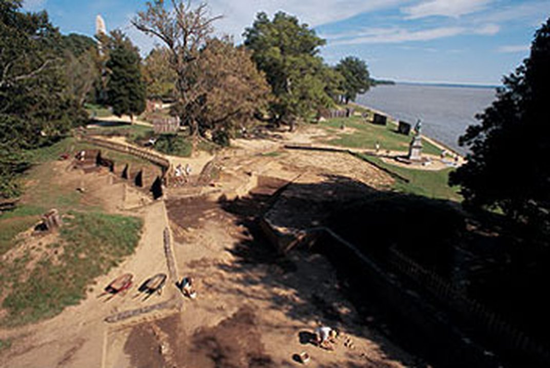 jamestown vs massachusetts bay colony The jamestown settlement in the colony of virginia was the first permanent english settlement in the americas it was located on the east bank of the powhatan (james.