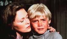 Ricky Schroder and Faye Dunaway in The Champ