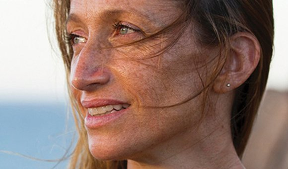 Preview thumbnail for video'Céline Cousteau: Tribes on the Edge, a Story of Our Global Human Tribe Set in the Midst of the Amazon Jungle