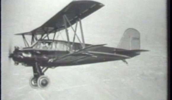 Preview thumbnail for video'January 1930: Curtiss-Tanager Wins Safety Award